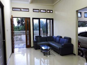 Loby Hotel Nevina Guest House